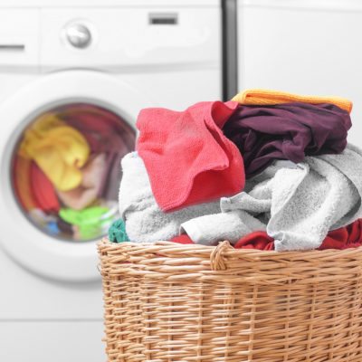 How to Wash Clothes Exposed to Poison Ivy